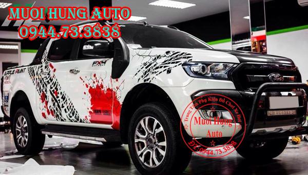 Độ tem hông Ford Ranger 2016