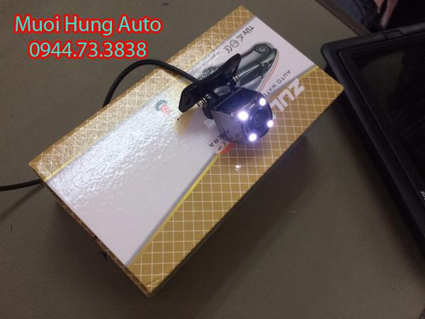 lắp camera lùi, camera tiến xe Toyota RAV4 tại HCM