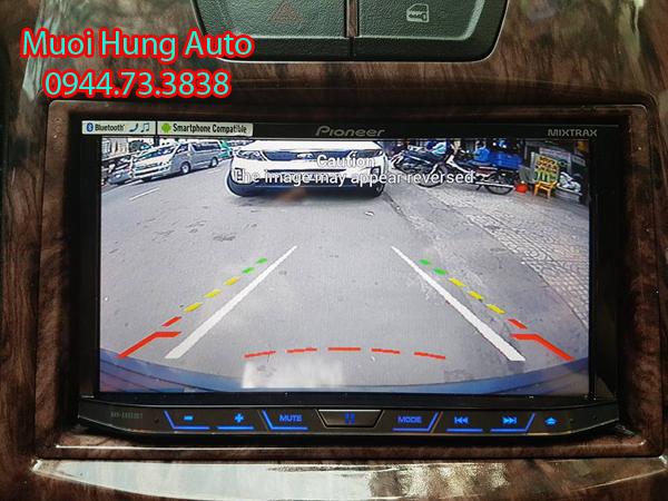 gắn camera lùi hàng tốt cho xe Toyota Prado tại TPHCM