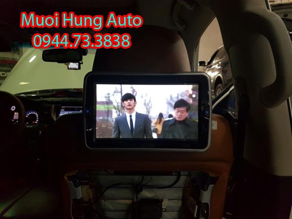 gắn màn hình gối đầu Androi cao cấp chất lượng cho xe ô tô
