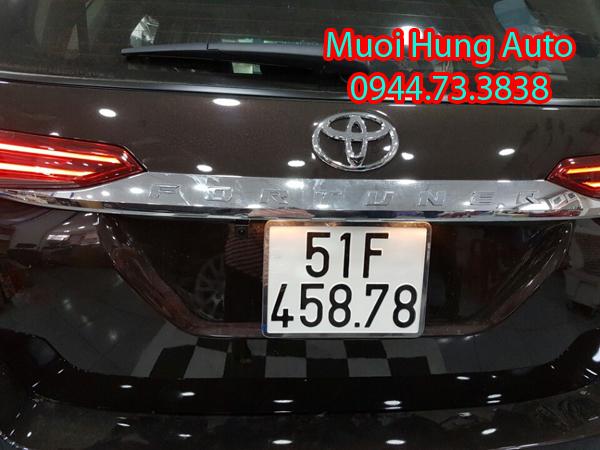 gắn camera lùi, tiến xe Toyota Fortuner 2017 tại TPHCM
