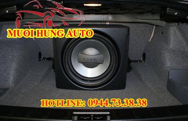Loa cao cấp Sub Infinity dùng độ âm thanh cho xe Fortuner