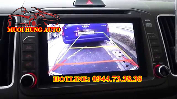 Gắn camera lùi, camera tiến xe Hyundai Sonata chính hãng giá rẻ tại HCM