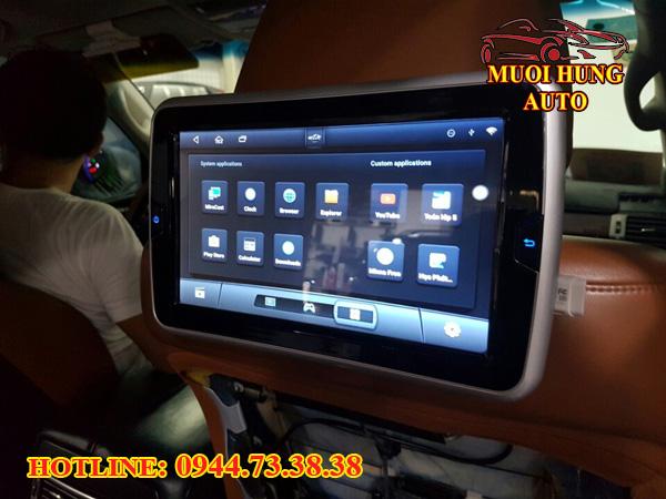 màn hình gối đầu xe Toyota Innova