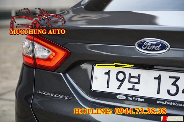 Lắp Camera de giá rẻ cho xe Ford Mondeo Tp.HCM
