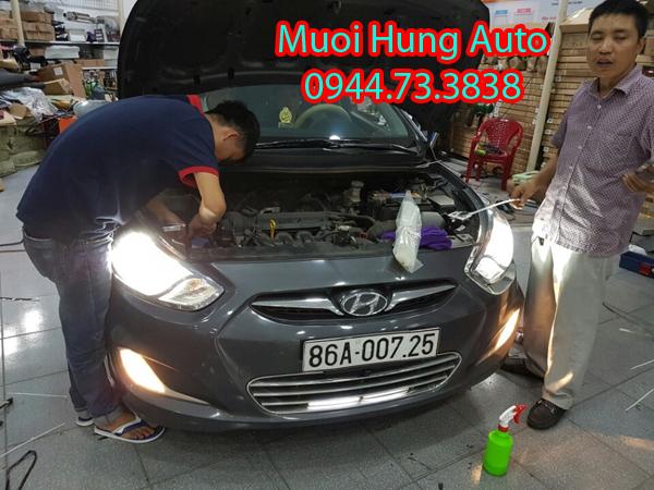 lắp đặt đèn xenon, đèn led xe Hyundai Elantra giá rẻ tại HCM