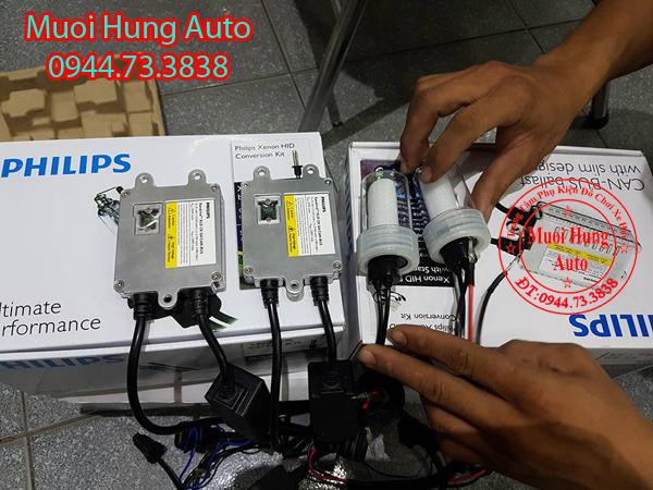 Độ đèn xenon xe Hyundai Santafe 2017