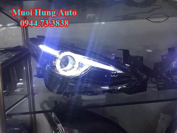 gắn bóng đèn xenon xe Mazda 3 giá bao nhiêu