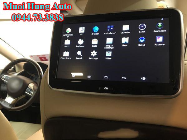gắn màn hình gối đầu xe Honda CRV