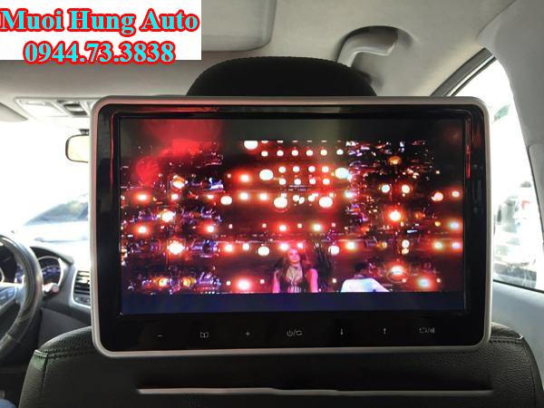 Lắp đặt màn hình gối đầu xe Honda CRV tại Mười Hùng Auto