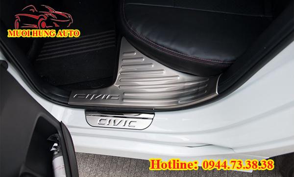 nẹp bước chân chống trầy xe Honda Civic