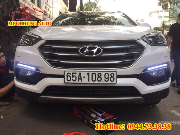 độ đèn Led cản cao cấp xe Hyundai Santafe 2017 giá rẻ tại Q5 HCM