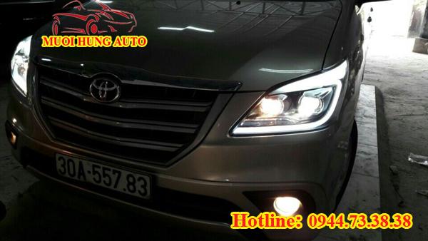 độ đèn pha Xenon xe Toyota Innova