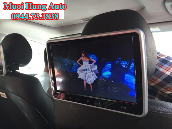 lắp đặt màn hình gối đầu cho xe Mazda 3