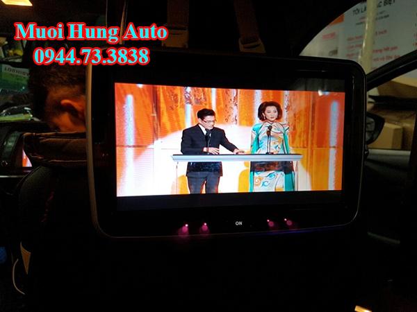 Lắp màn hình gối đầu cho xe Mazda 6