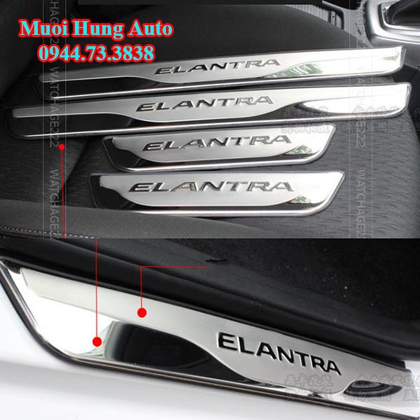 phụ kiện trang trí theo xe Hyundai Elantra 2017