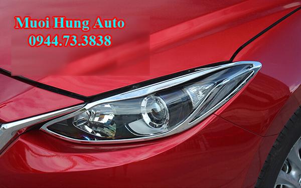 lắp phụ kiện trang trí xe Mazda 3