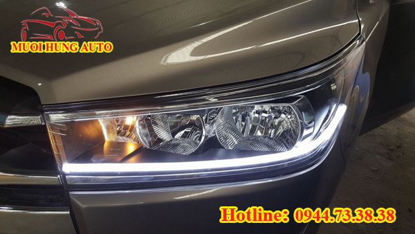độ đèn LED xe Innova