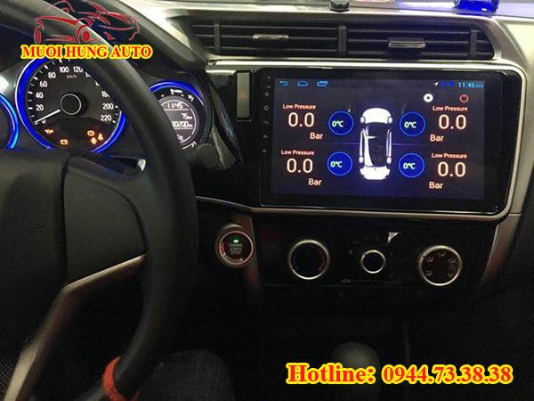 gắn màn hình DVD cho xe Honda City Android