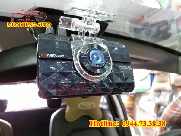 gắn camera hành trình ô tô tại nhà