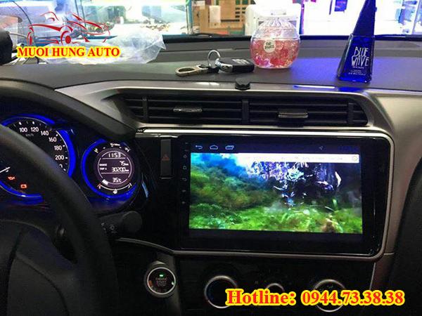 màn hình DVD Android xe Hyundai Elantra đẹp tại Sài Gòn