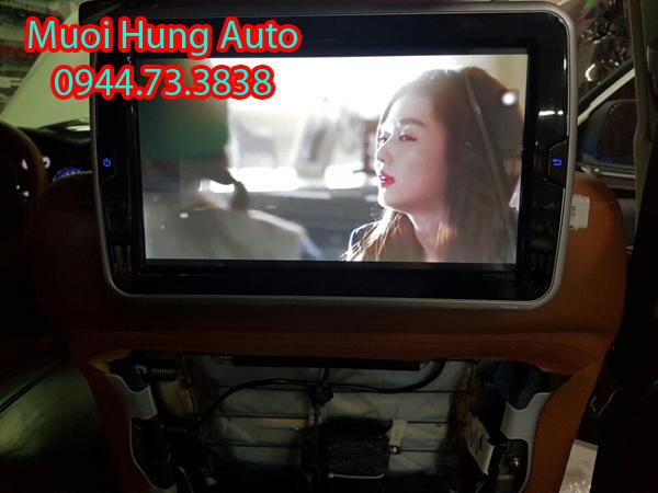 lắp màn hình gối đầu Android cho xe Hyundai Tucson