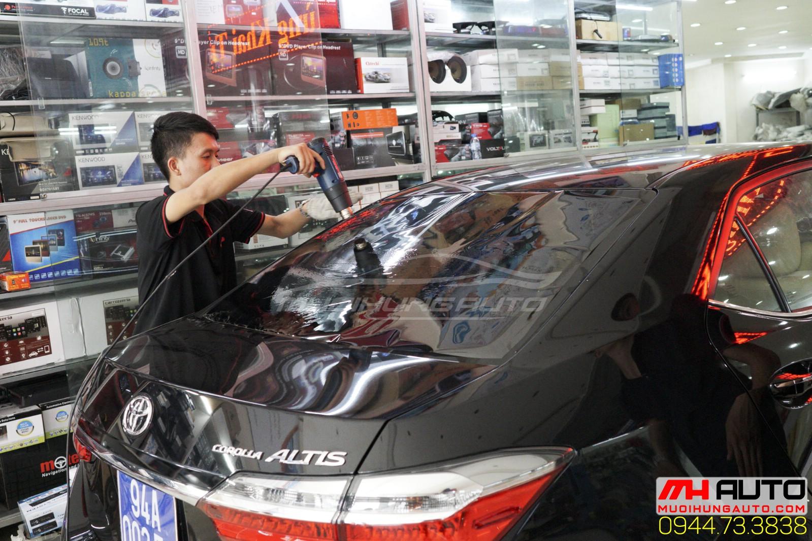 dán phim cách nhiệt Toyota Altis