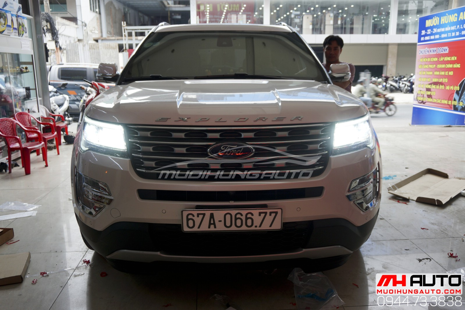 đèn led pha Ford Explorer