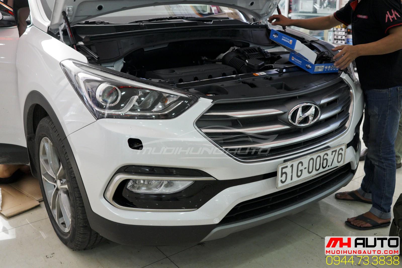 lắp đèn Led cản Hyundai santafe
