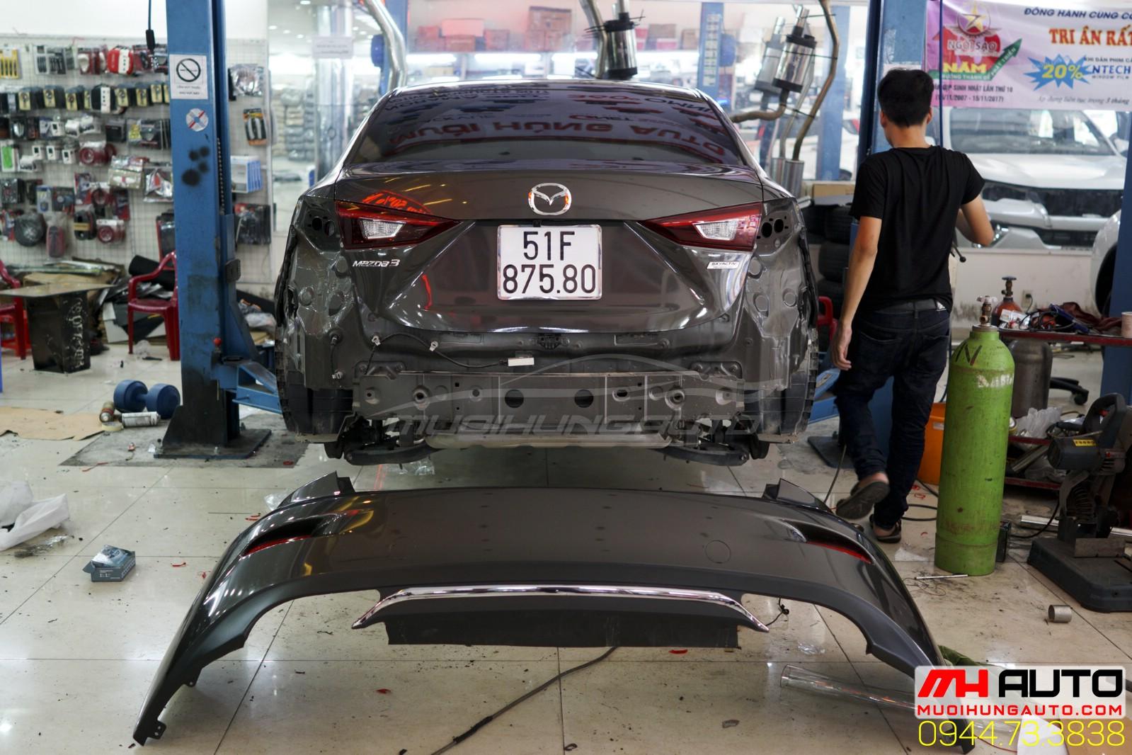 độ pô xe Mazda 3 kiểu Mercedes 3