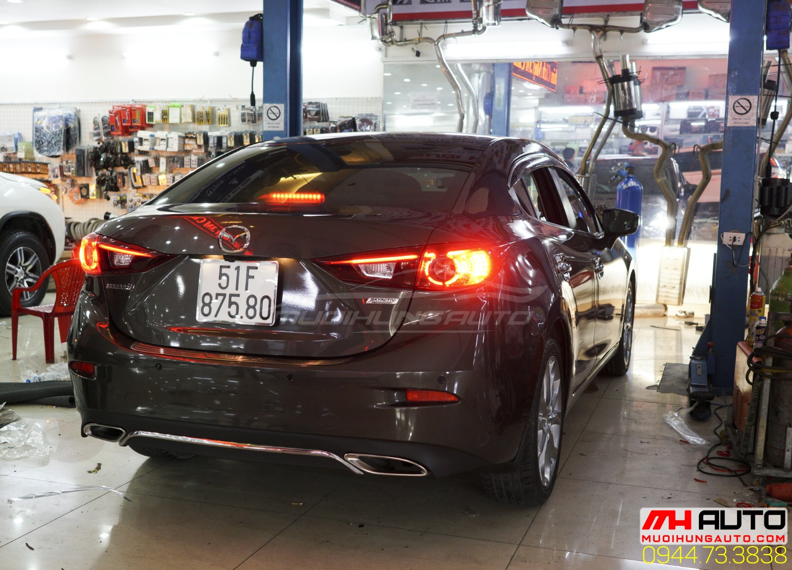 độ pô xe Mazda 3 kiểu Mercedes