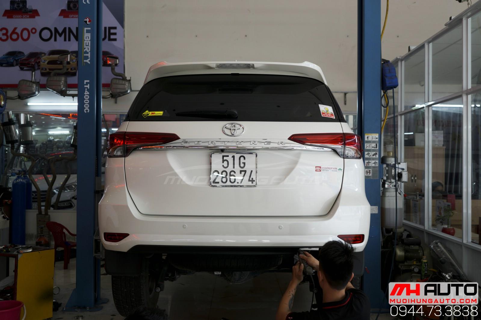 độ pô xe Toyota Fortuner