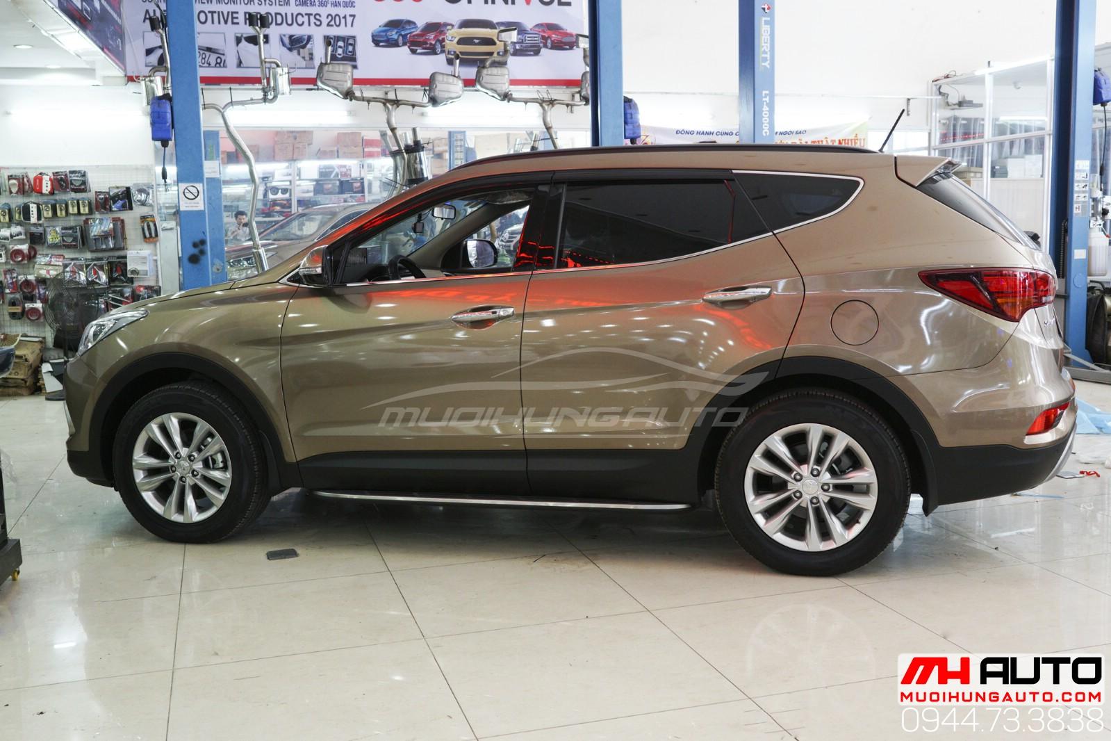 Hyundai Santafe bệ bước