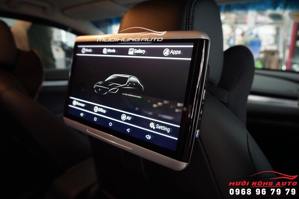 lắp màn hình gối đầu android 10 inch mercedes tại tphcm