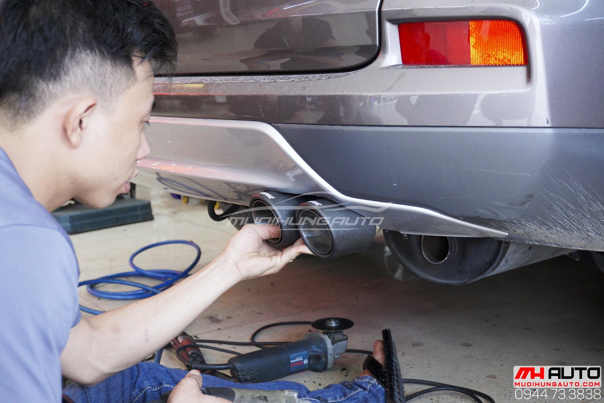 Thợ độ pô Honda CRV