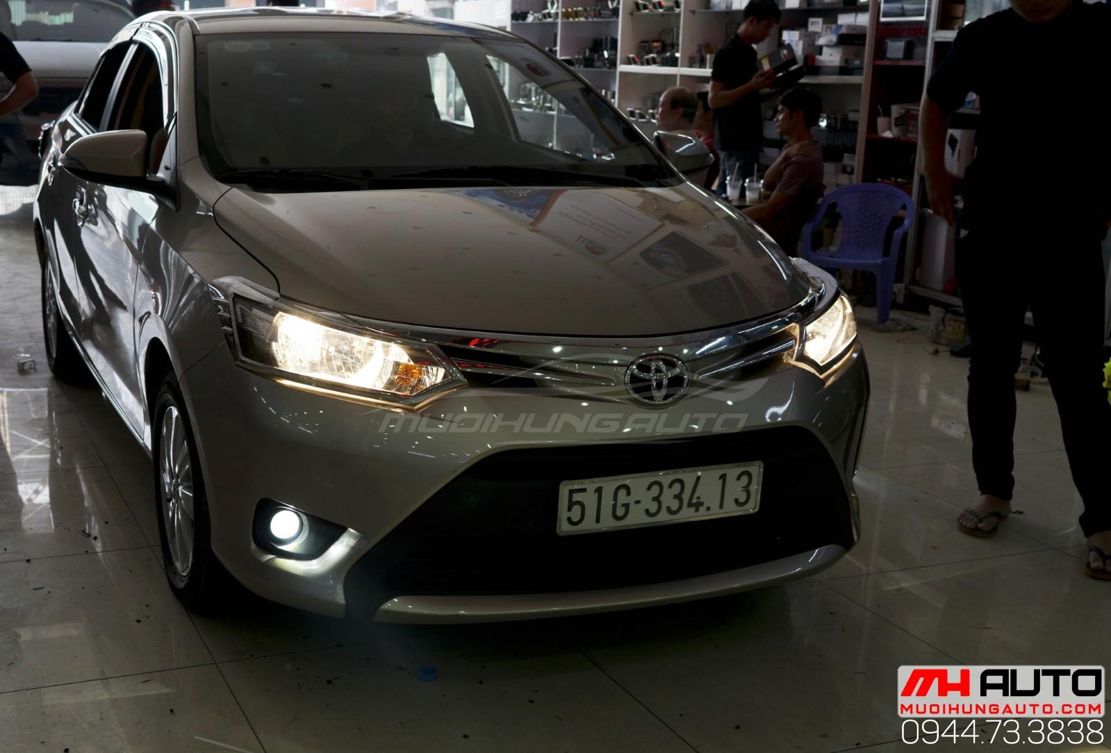 Độ đèn bi xenon cản xe Toyota Vios