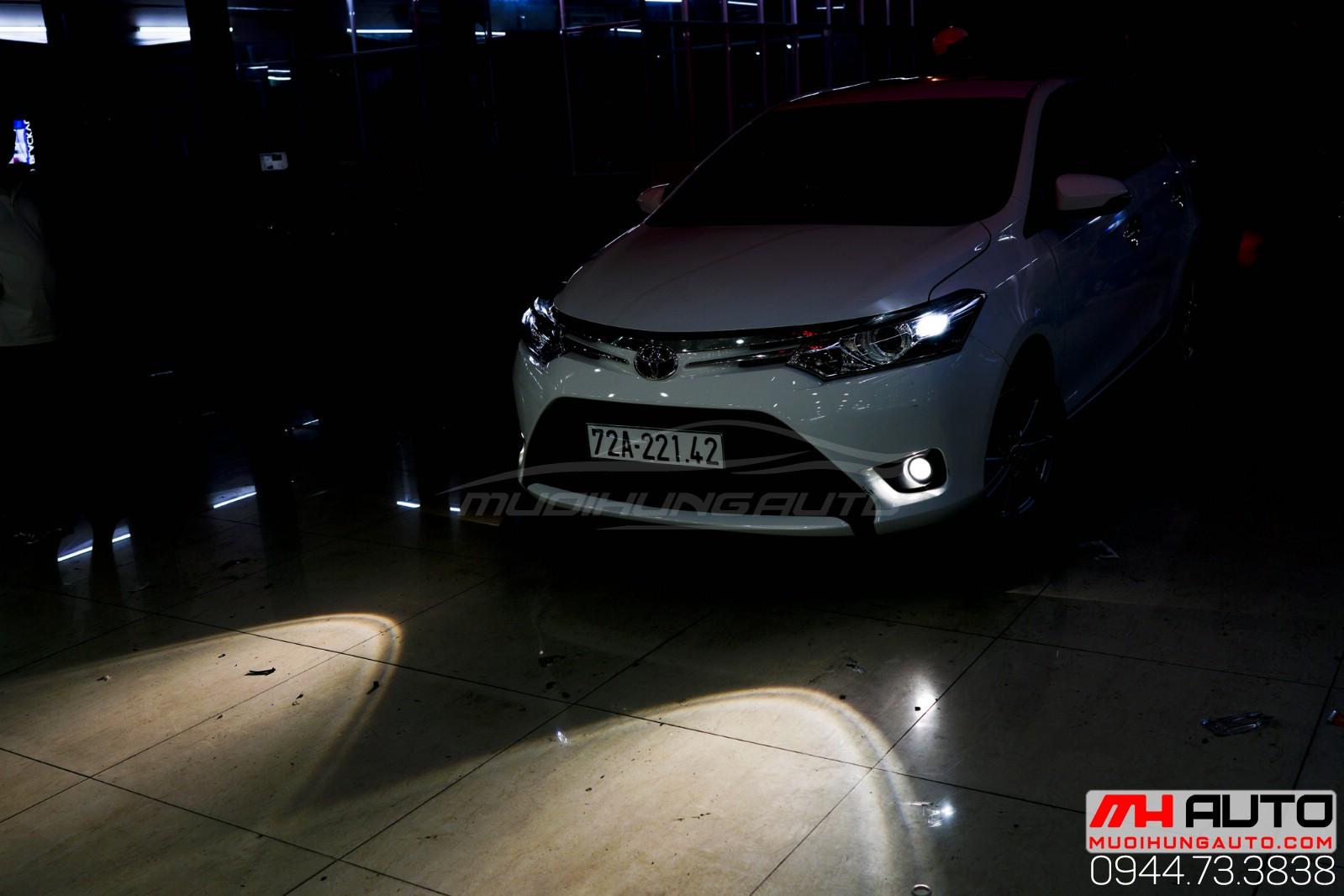 Toyota Vios độ bi xenon gầm