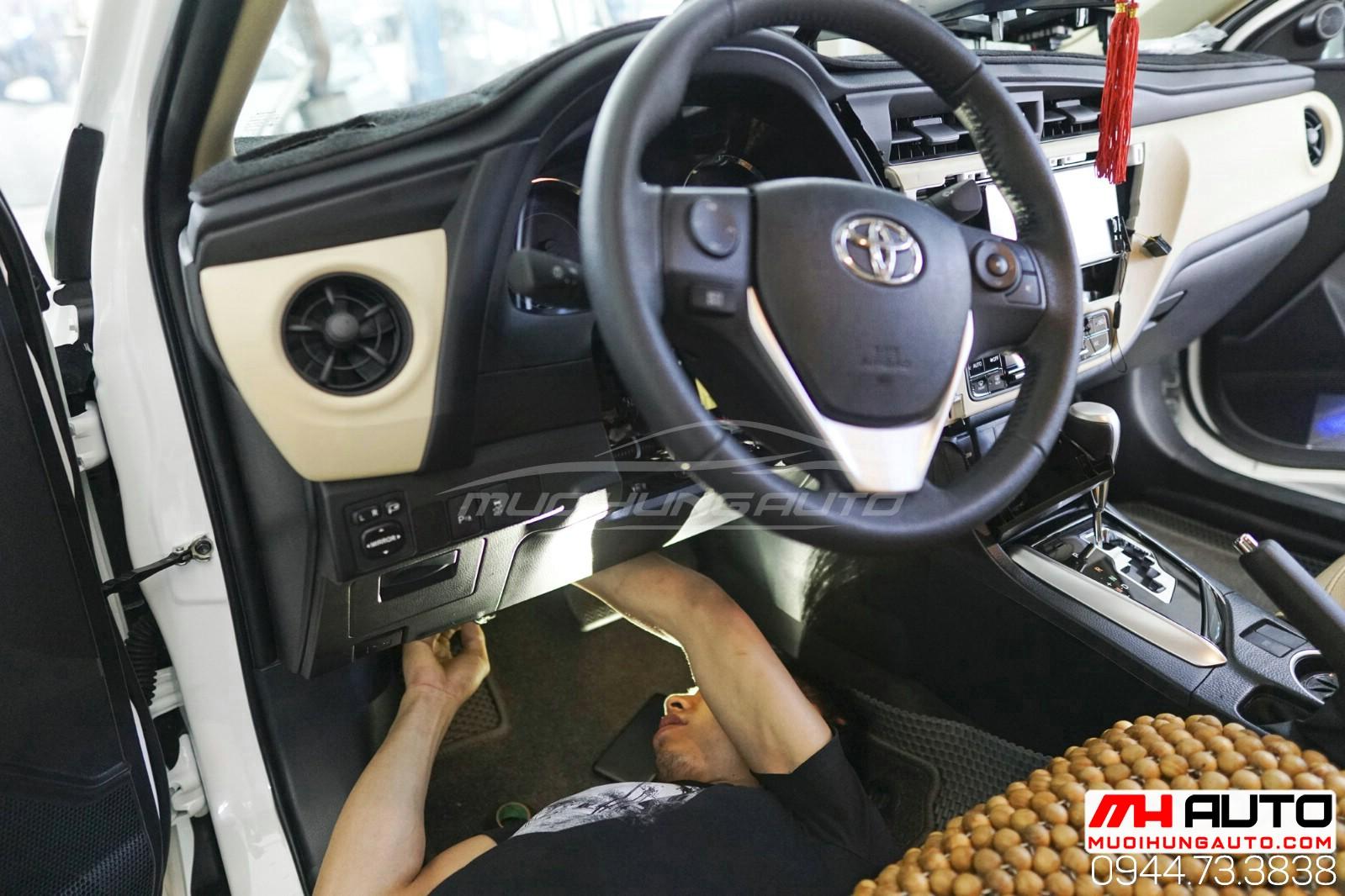 Gắn chìa khóa thông minh start stop ô tô Toyota Altis