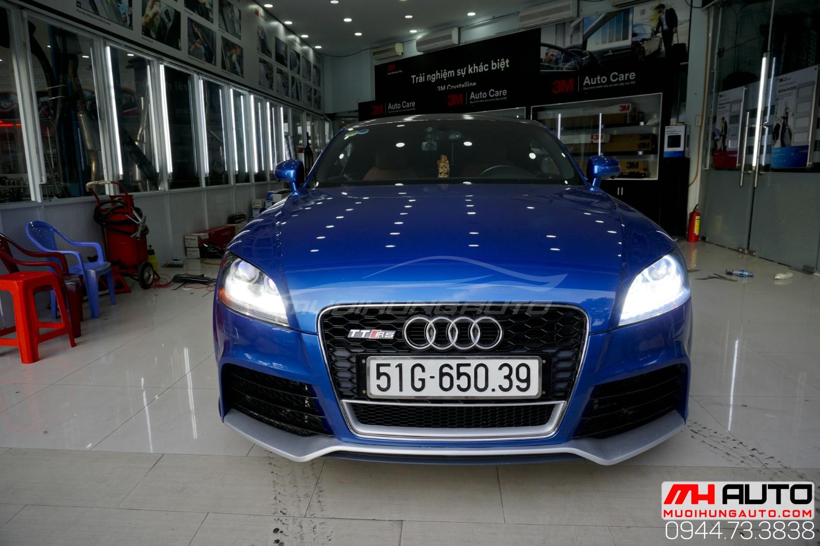 Audi TT độ đèn xe siêu sáng