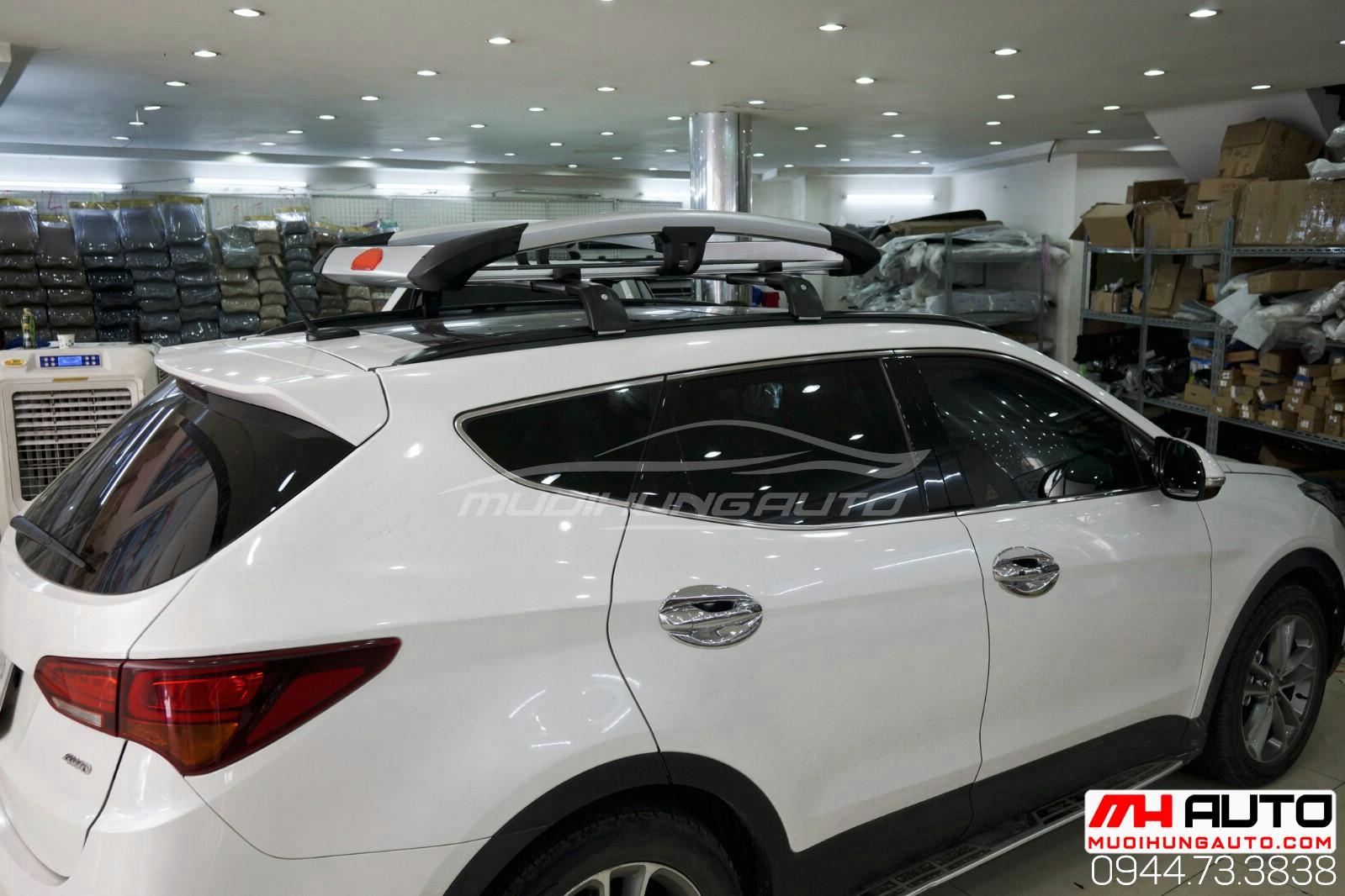 Gắn phụ kiện baga mui để đồ xe Hyundai Santafe 2018