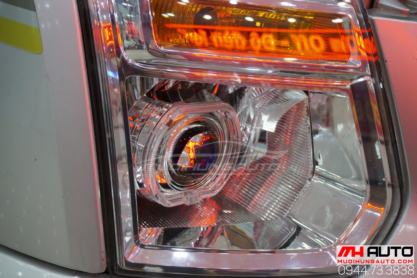 độ đèn bi pha xe Transit