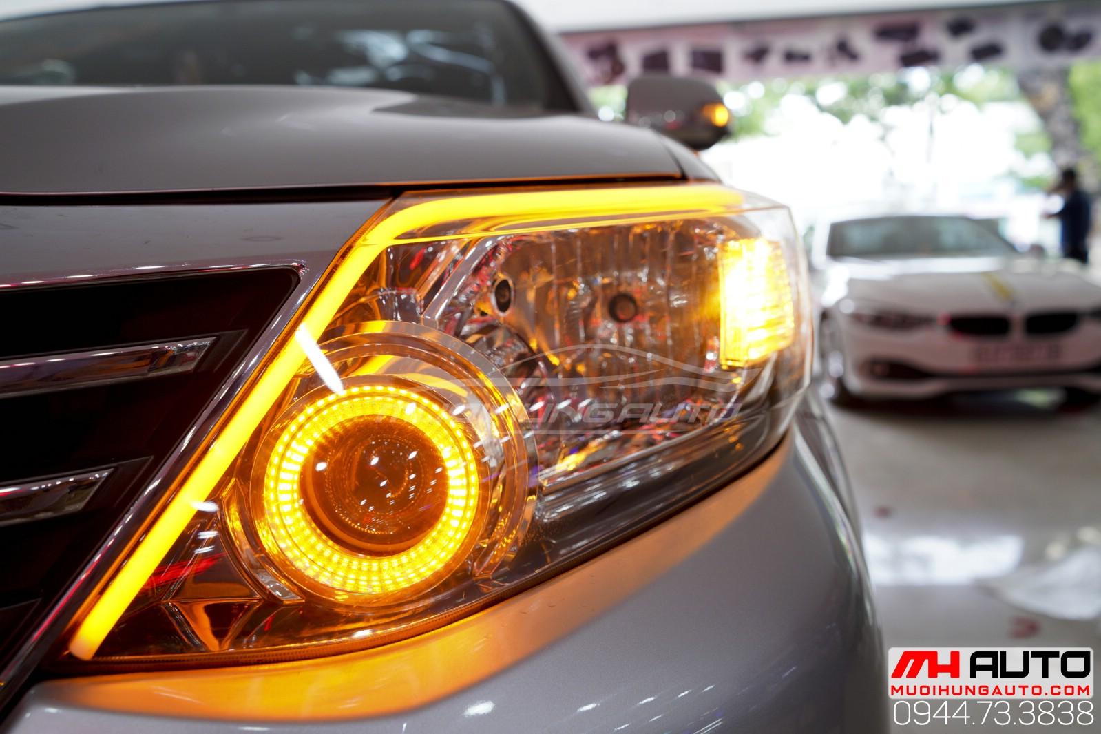 Độ đèn xe Fortuner vòng AE và led mí giá rẻ tại HCM