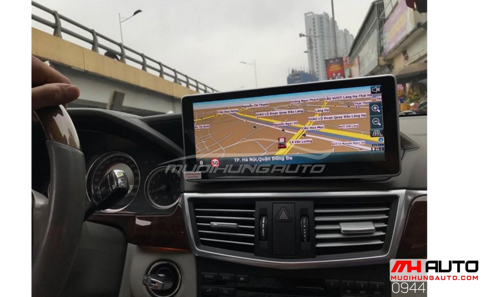 gắn màn hình xe ô tô tại HCM