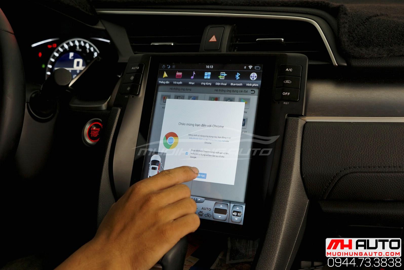 Lắp đặt màn hình Honda Civic Androi kiểu tesla 2018