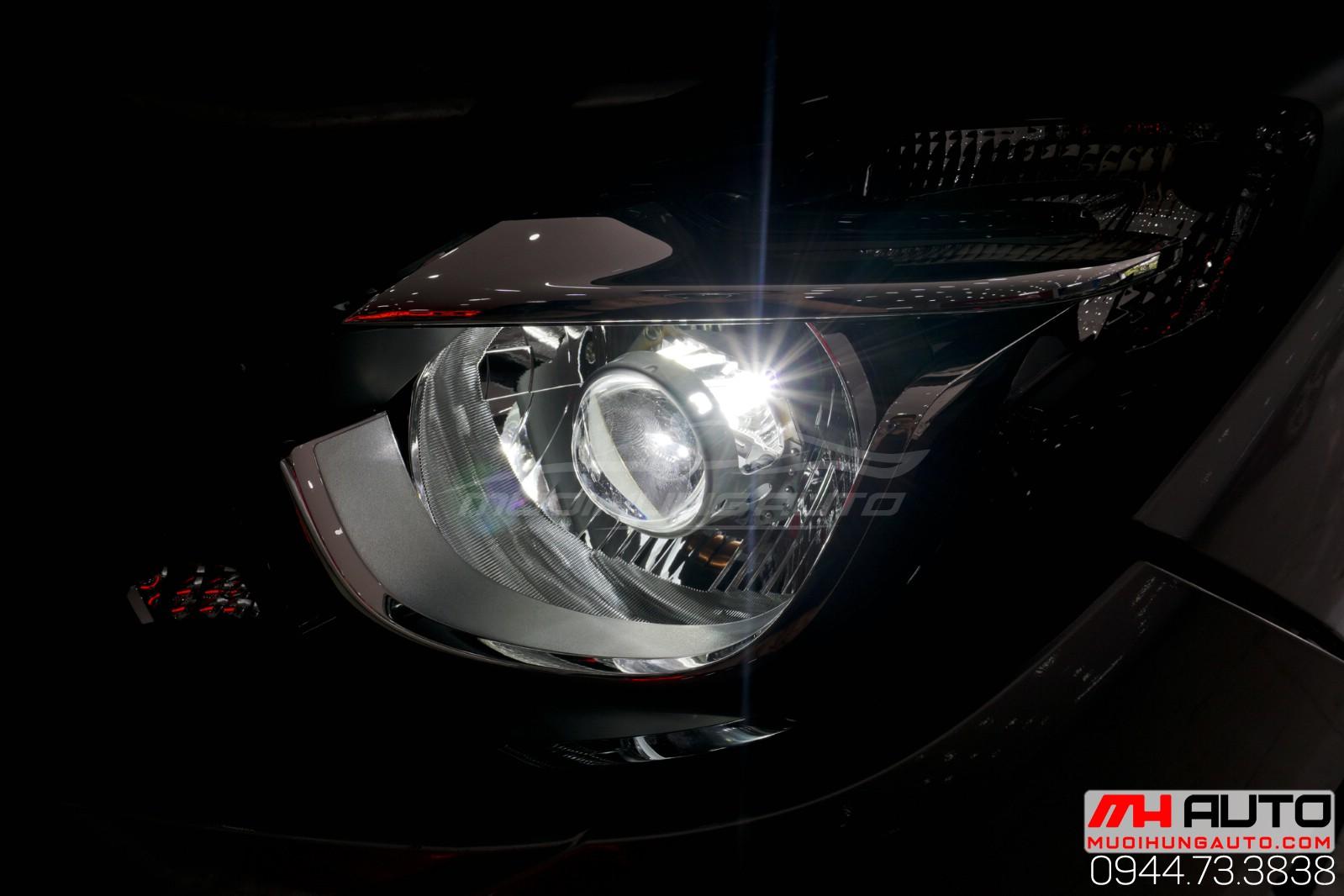 độ đèn bi led mí cho xe Mazda BT50