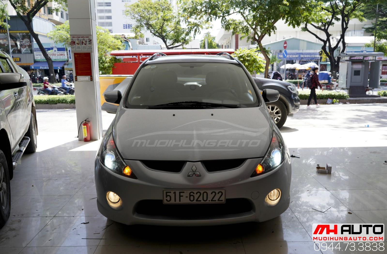Độ đèn gầm bi xe Mitsubishi Grandis