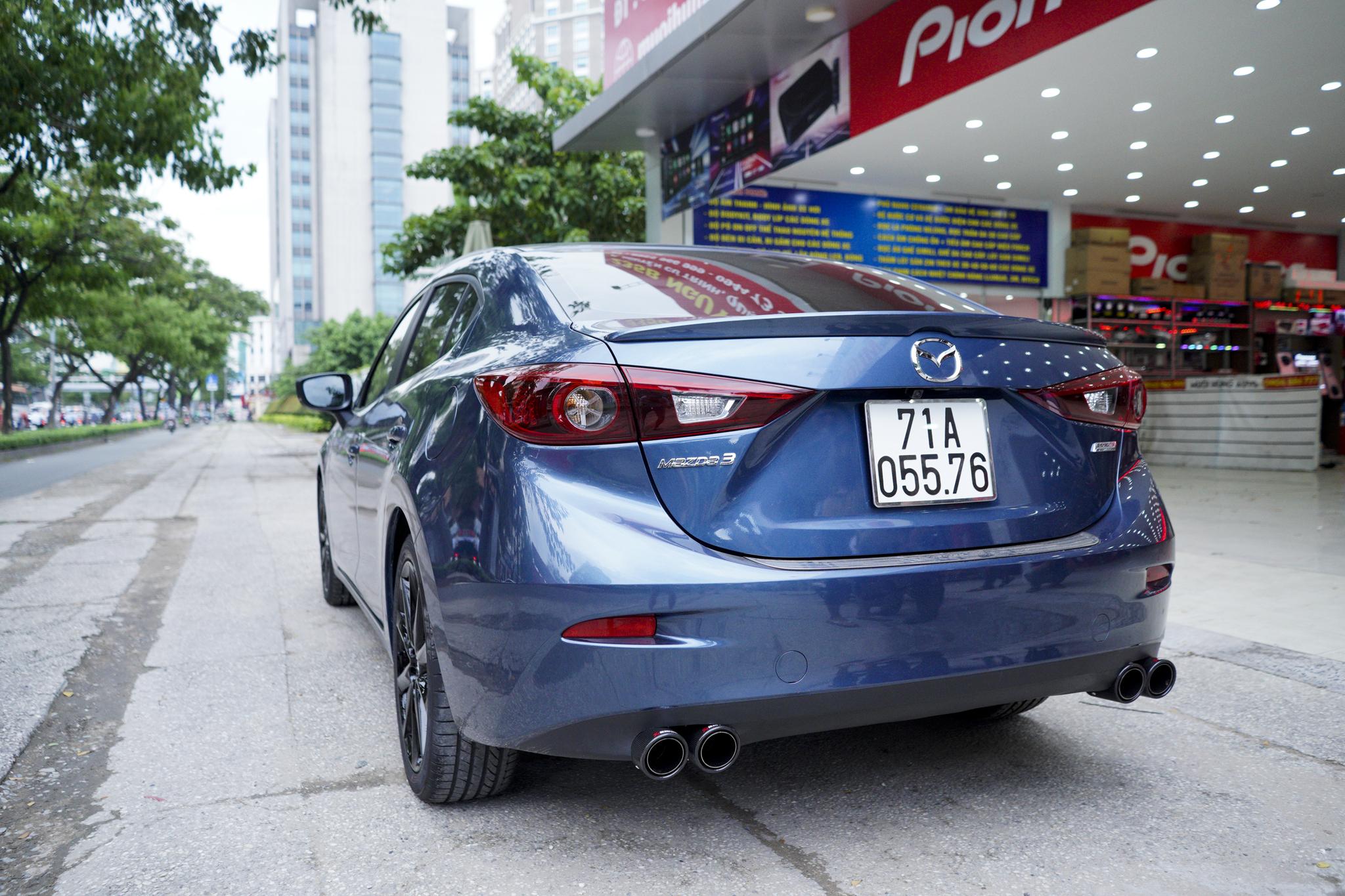 độ Mazda 3 pô đôi ak không lip