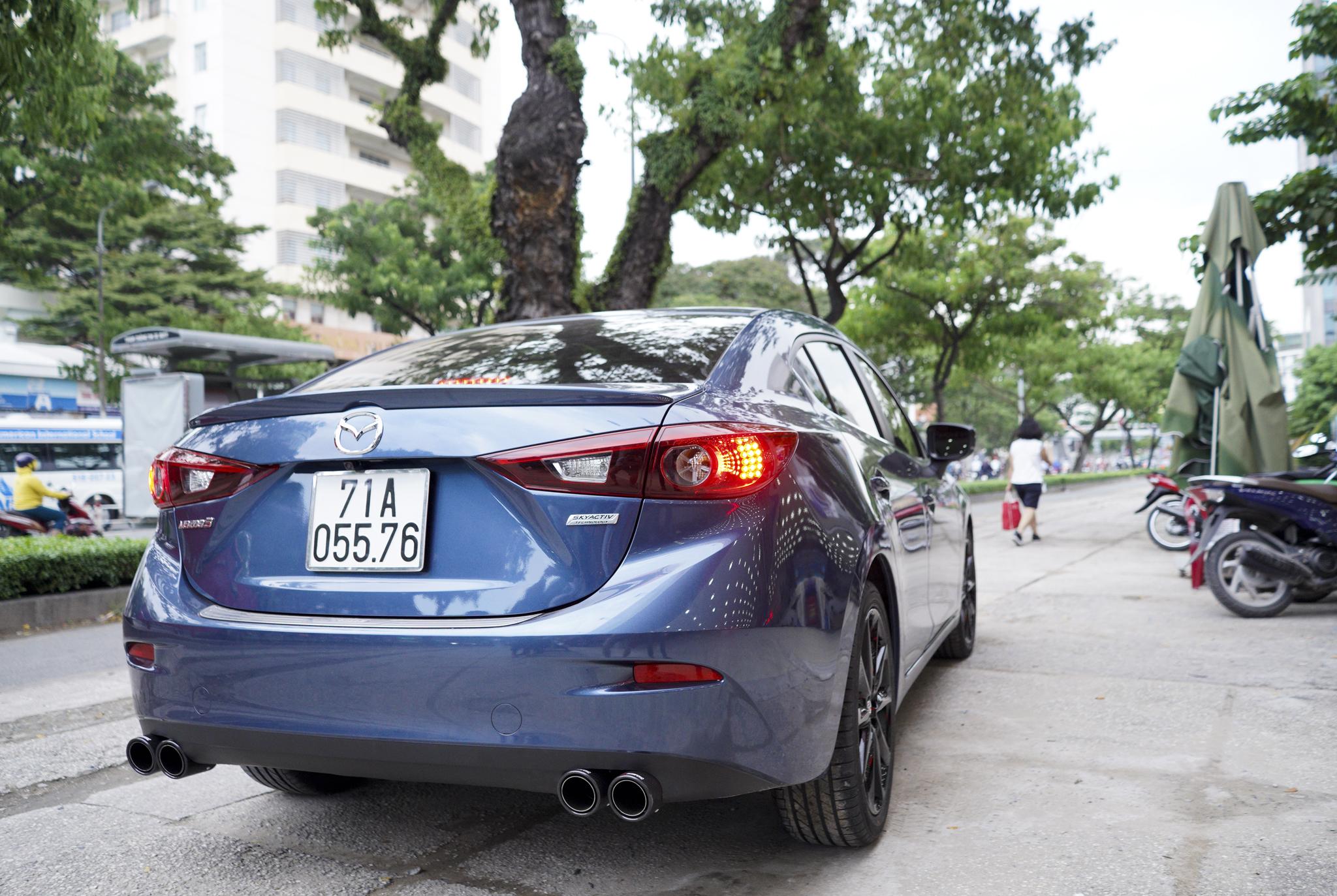 Mazda 3 pô đôi ak không lip tiếng nổ đậm chất thể thao