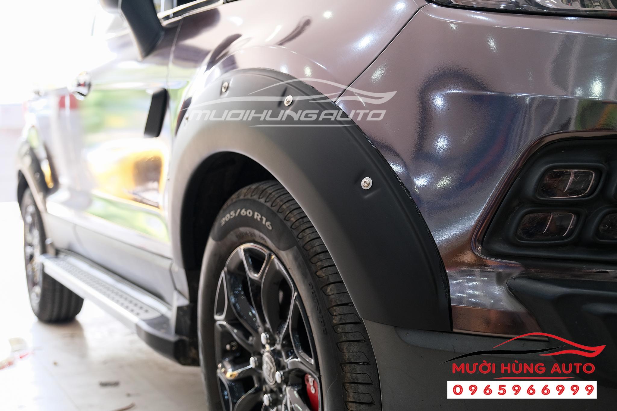 gắn Ốp cua bánh xe Ford Ecosport 2019-2020