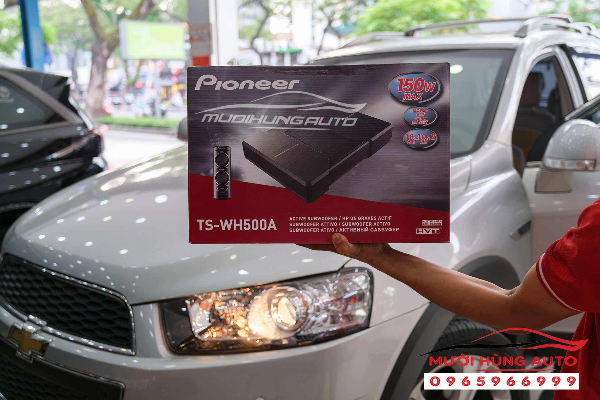 lắp đặt sub Pioneer TS-WH500A xe Chevrolet Captiva